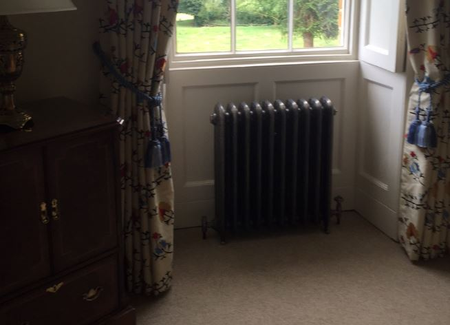 Traditional Dasiy Victorian Style Cast Iron Column Radiators to Buy online or at UKAA, Reproduction Carron Cast Iron Radiators