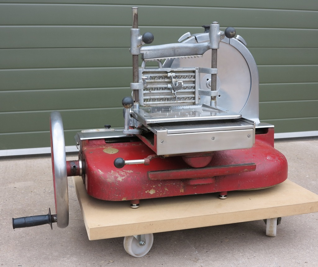 UKAA have for sale an original Berkel & Parnalls meat or bacon slicer. This item is fully refurbished and in good working order.