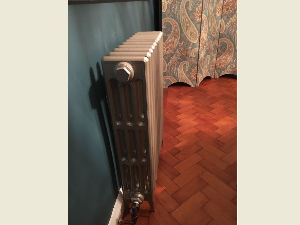 Traditional Victorian Cast Iron Radiators Made by Carron Fitted in a Happy Customers Home are Made to Your Bespoke Sizes and Designs