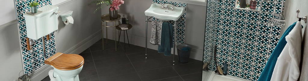 Thomas Crapper Complete Bathroom Sets in Traditional Victorian Designs are Available to View and Buy in our Showroom