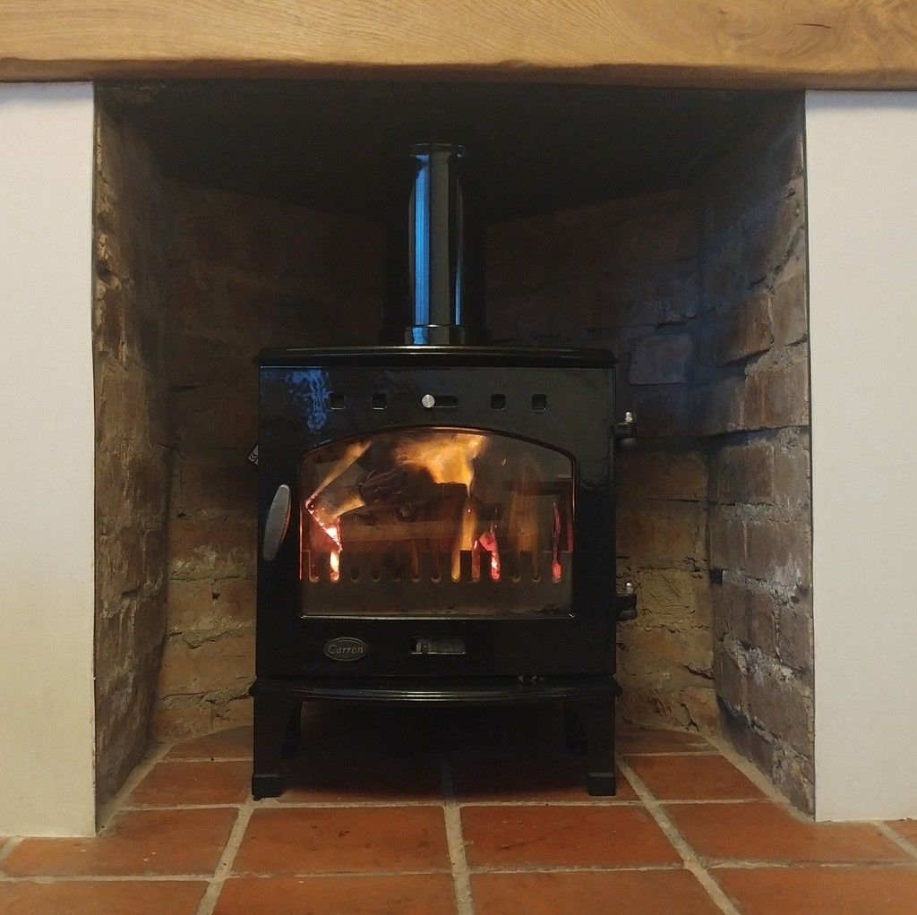 At UKAA we have for sale Carron cast iron wood burning multi fuel stoves available for free next day delivery within mainland UK. Each stove comes with a free 60cm stove pipe and is DEFRA approved and suitable for use in smoke free zones.