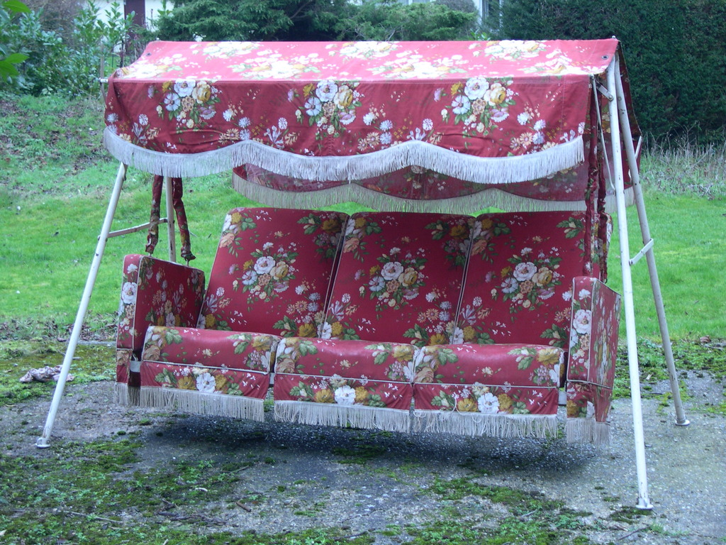 290052ecc9 Buy Vintage Garden Swing Seat Soon To Be Advertised At UKAA