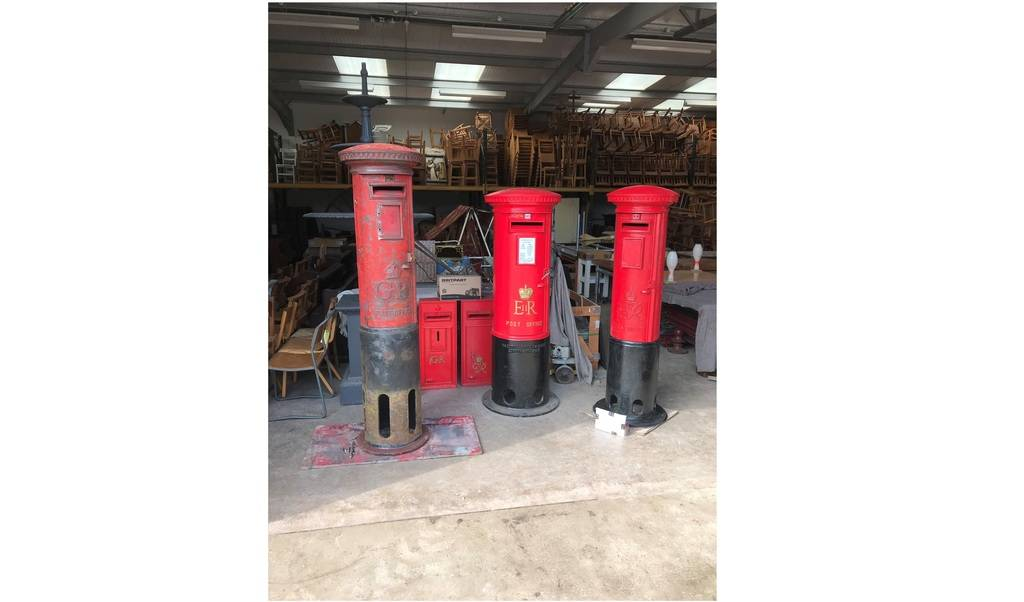 At UKAA we supply original Royal Mail post boxes which have all been fully restored. Each box comes with their original Chubb lock and keys